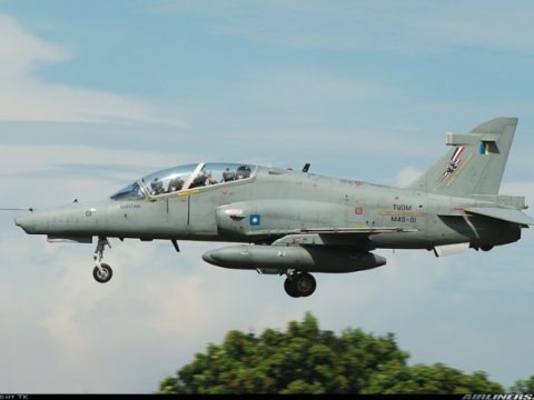 Máy bay quân sự Malaysia mất tích
