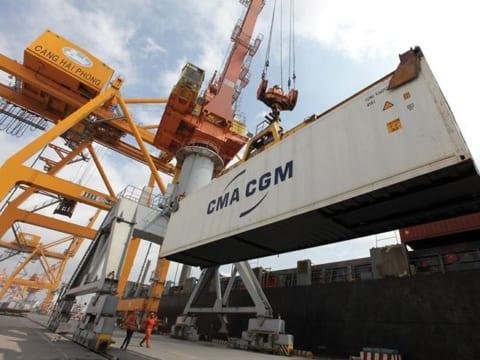 Căng thẳng thương mại Mỹ – Trung: Cơ hội với đầu tư, nhưng khó lường với thương mại